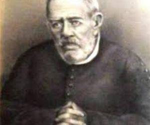 Padre Bento recebe homenagem no 9º Prêmio Padre Antonio Pacheco