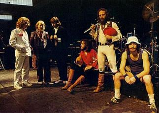 Jethro Tull,  l-r: John Evan, Martin Barre, David Palmer, John Glascok, Ian Anderson and Barrie Barlow