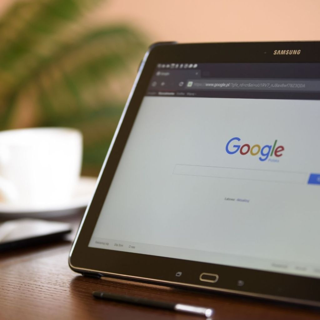 Google fined 500 million euros by France over copyright row