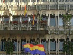 bandera republica ayuntamiento ciudad real