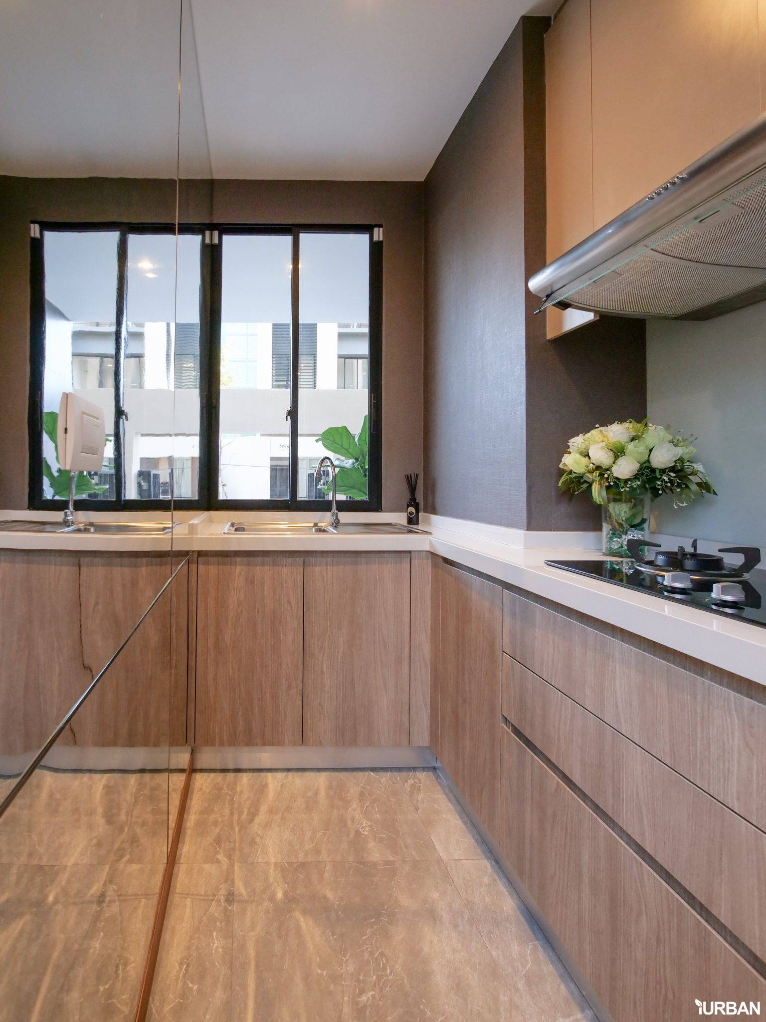 AIRES RAMA9 รีวิว Luxury Townhome 3.5 ชั้น + Rooftop ออกแบบสวย ย่านพระราม9 (ใกล้ รพ.สมิติเวช) 31 - AIRES