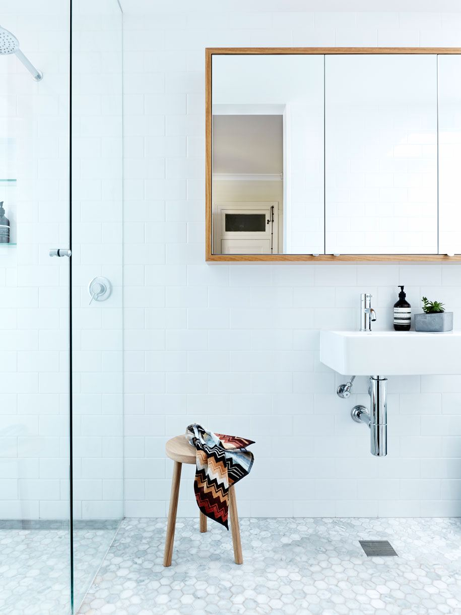 small bathroom10