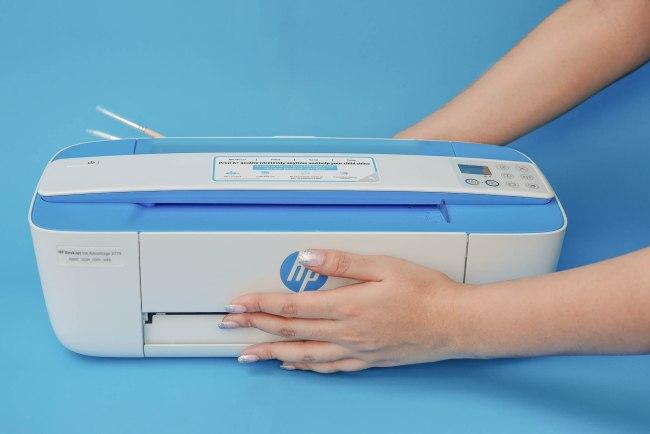 HP3775sandcolor16 750x500 HP Deskjet 3775 รีวิวปริ้นเตอร์ All in One (Print/Scan/Copy) ขนาดเล็กที่สุดในโลก มาพร้อมราคาระดับนักเรียน