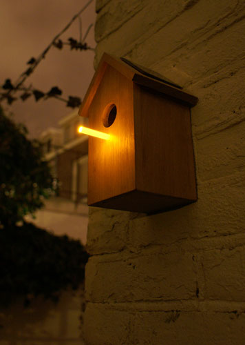 Solar Birdhouse 16 - bird