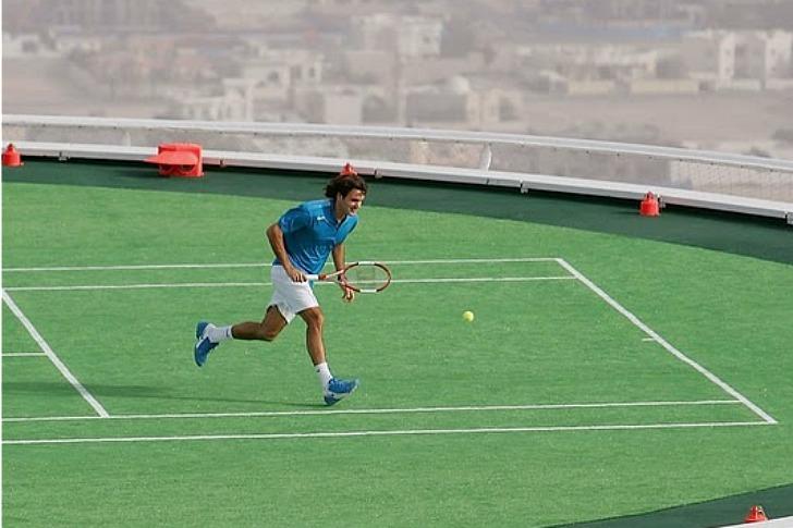 %name สนามเทนนิสที่สูงที่สุดในโลก