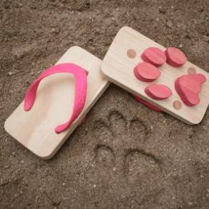 cat print sandals 17 - animal sandals