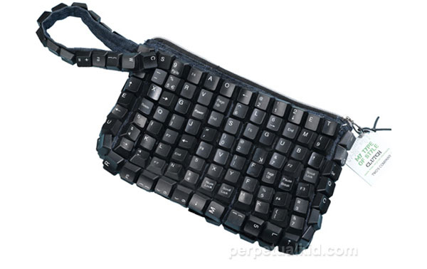 recycled-keyboard-clutch-purse