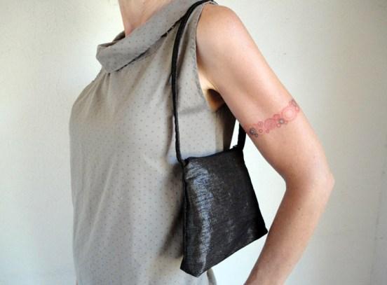 sonic fabric bag 2 Sonic Fabric..ผ้าที่ถักทอจากเทปคาสเซ็ท