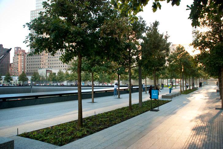 911 memorial 06 สถานที่รำลึกเหตุการณ์ 9/11 ที่ Ground Zero เปิดแล้ว
