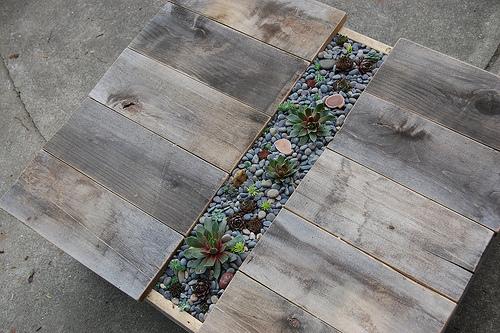 D.I.Y.โต๊ะปลูกต้นไม้..จากลังไม้เก่า 19 - DIY