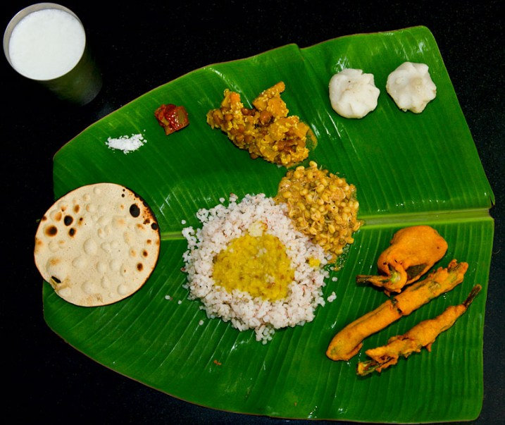 %name Banana Leaf Rice จานอาหาร ใช้ช่วงน้ำท่วม