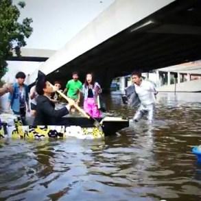 ไอเดียสร้างสรรค์สุดๆ..Ready Boat เรือพกพาจากแผ่นฟิวเจอร์บอร์ด 30 - flood