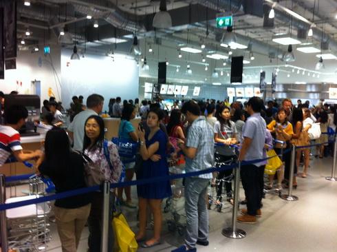 IMG 0895 resize IKEA เปิดแล้ว..คนแห่ไปกันแน่นห้าง