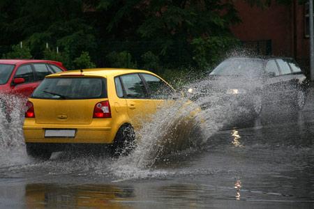 เทคนิคขับรถให้ปลอดภัยตามระดับความสูงของน้ำ 13 -