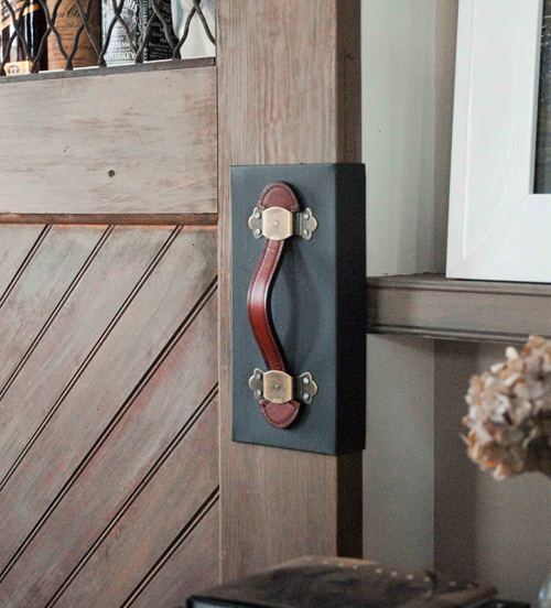 ก่อน-หลัง บานประตู DIY:Before & After repurposed horse stall doors 18 -