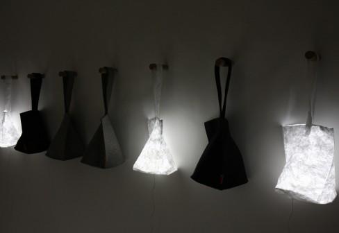 p318158 488 336 8 Hobo lantern กระเป๋าสะพายเรืองแสง