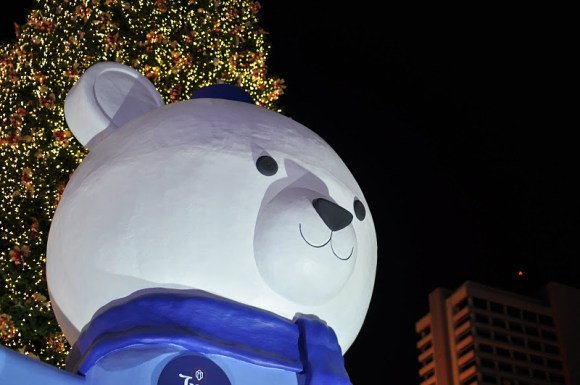 DSC 4603 580x385 Christmas & New Year 2012 Decoration @ Town: Ratchaprasong  สี่แยกราชประสงค์