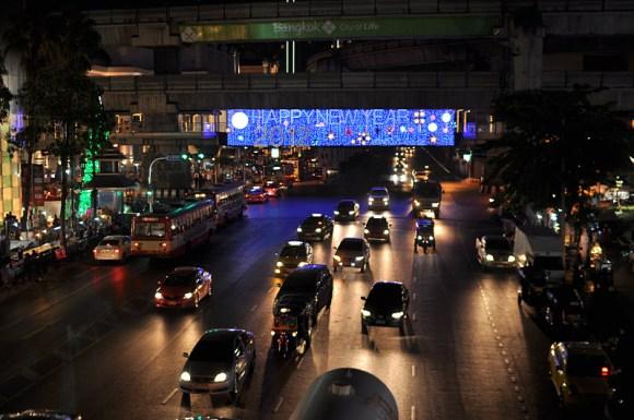 DSC 4615 580x385 Christmas & New Year 2012 Decoration @ Town: Ratchaprasong  สี่แยกราชประสงค์