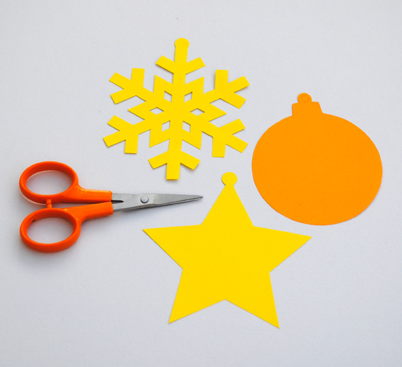 simple paper ornaments 3 Hello kids!!Christmas tree decorations
