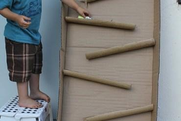 D.I.Y. ของเล่นเด็ก เสริมทักษะ และพัฒนาการ จากกล่องและแกนกระดาษเก่า 31 - DIY
