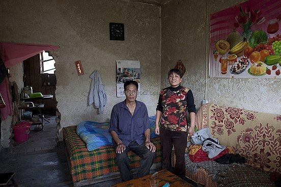 264 20101015 ZhangwupingZhangxiurong Farmer Shaanxi 006 BAI XIAOCI ช่างภาพชาวจีน กับผลงานสร้างชื่อ i Live Here