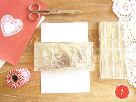 DIYValentine FREEPrintable ChocolateWrappers RED 2 num DIY.Chocolate bar wrapper