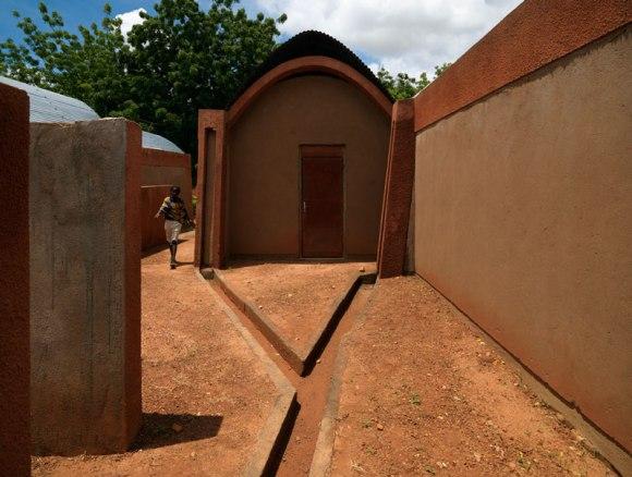 """แง่คิด """"ความยั่งยืนด้านสถาปัตยกรรมของแอฟริกา"""" Africa Calling by Francis Kere 21 - Africa"""