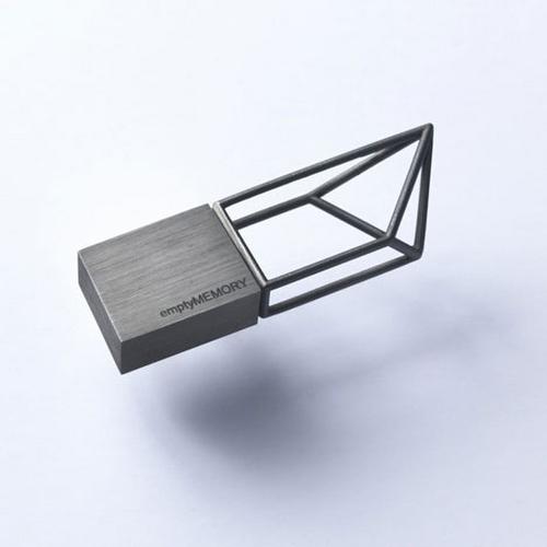 emptymemory logicalart 6 USB memory sticks Empty Memory
