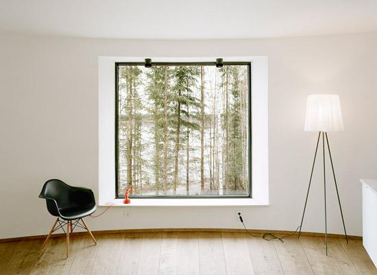 kk07 Villa Nyberg บ้านที่มีการผสมผสานของไม้ที่เป็นมิตรกับสิ่งแวดล้อม