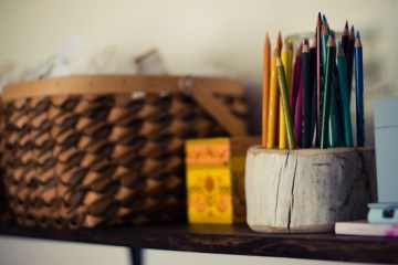 DIY ที่ใส่ดินสอ จากเศษไม้ 18 - DIY