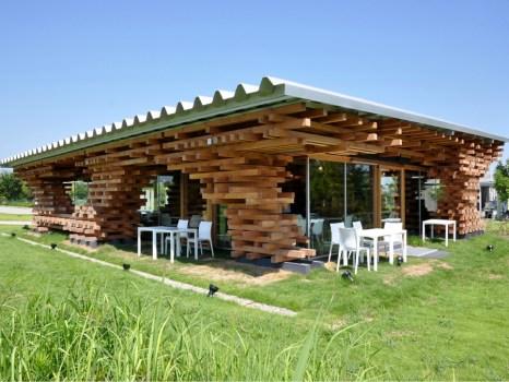 78068 466x350 Café Kureon,Wooden Restaurant