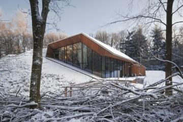 Dutch Mountain House 2 - wooden house
