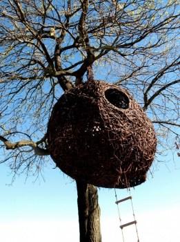 porkyhefer05 261x350 weavers nest รังนกยักษ์ by Porky Hefer