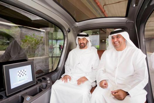 sheik 525x350 วิธีการเดินทางแบบระบบ Masdar PRT System