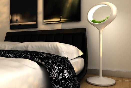 00054 TheGrassLamp03 524x350 โคมไฟพลังธรรมชาติ The Grass Lamp by Marko Vuckovic