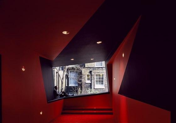 อาคารรูปทรงซิกแซก เส้นสาย และสีสัน...a feast for the senses 17 - centre for film and visual media