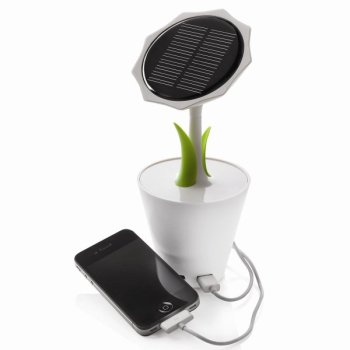 Solar Sunflower – sun energy charger in a flowerpot 3 - iPhone
