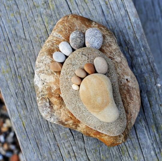 Little Big Foot by Iain Blake รอยเท้าจากก้อนหิน..โดย Iain Blake