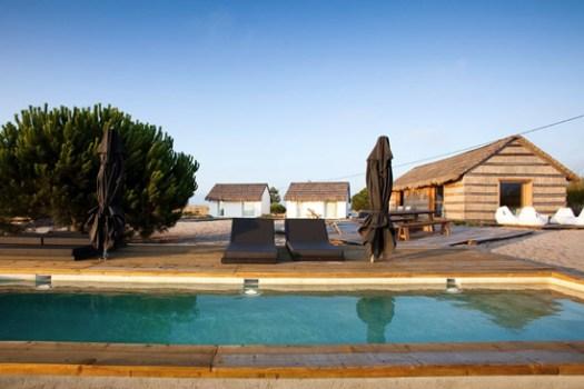"""""""Casas Na Areai"""" โรงแรมริมทะเล ล้อมรอบด้วยทุ่งนาและต้นสน 15 - CASAS NA AREIA"""