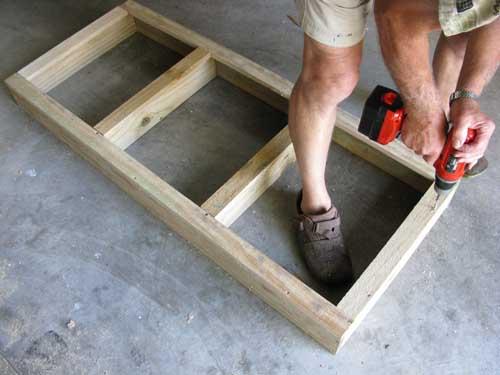 saladbench3 DIY: Garden Bench ลิ้นชัก กระถางใบใหม่ของเหล่าต้นไม้และพืชพรรณขนาดเล็ก