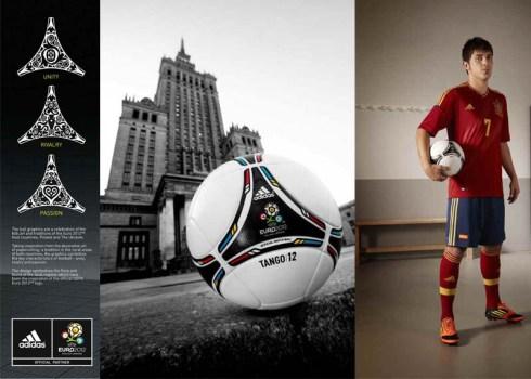 แทงโก้ 12 ! ลูกฟุตบอลประจำศึกยูโรปี 2012 17 -