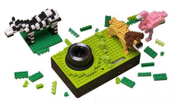 NB1000 กล้องที่ตกแต่งให้แตกต่างด้วยตัวต่อแบบเลโก้ 13 - Lego