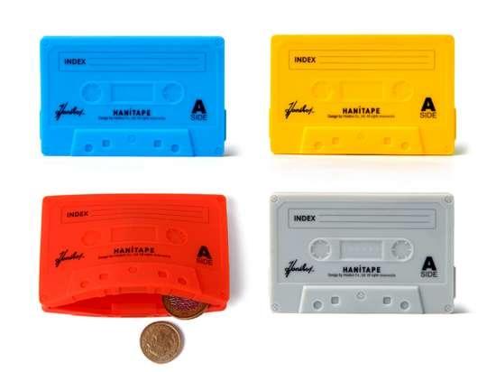 25550623 095258 กระเป๋าสตางค์ทำจากยางซิลิโคน แนว Retro ..รูปทรง cassette tape