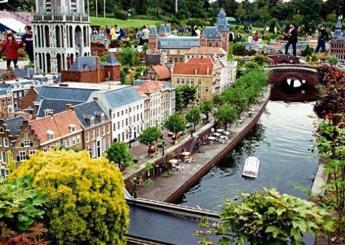 16264170 492x350 Madurodam เมืองจิ๋ว มาดูโรดัม อีกแหล่งท่องเที่ยวที่น่าสนใจในประเทศเนเธแลนด์