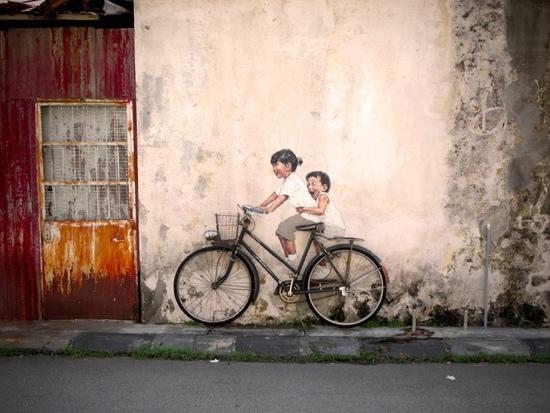 25550702 142654 Interactive Painting..ภาพเขียน street art ที่ดึงให้คนมีส่วนร่วม