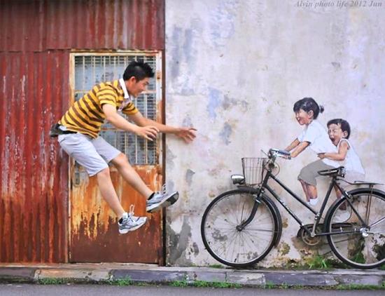 25550702 142712 Interactive Painting..ภาพเขียน street art ที่ดึงให้คนมีส่วนร่วม
