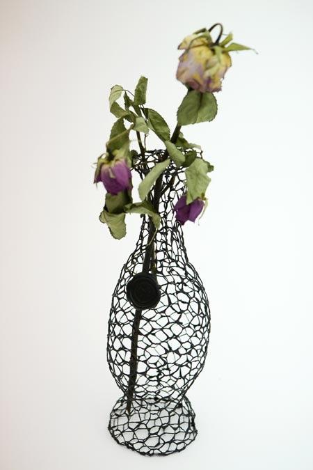 25550711 191745 A Vase for Dead Flowers..แจกัน เพื่อดอกไม้ที่แห้งเหี่ยวแล้ว