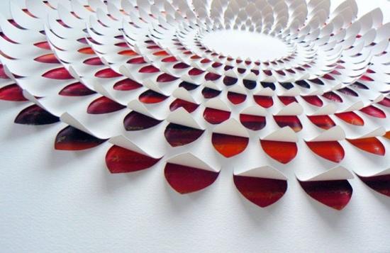 25550721 184011 งานศิลปจากการตัดกระดาษ โดย Lisa Rodden