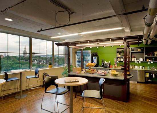 25550727 175934 Google office ในเมืองPittsburgh..สะท้อนประวัติศาสตร์เมือง เป็นมิตรกับสิ่งแวดล้อม และไม่ขาดความสนุกสนาน...