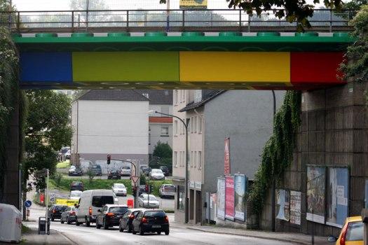 img 4850 525x350 LEGO bridge in germany สะพานเลโก้